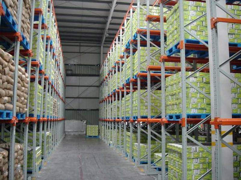 仓库货架塑料托盘应用案例