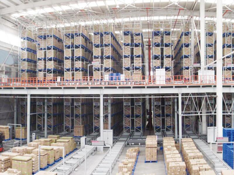塑料托盘应用于电子厂仓库