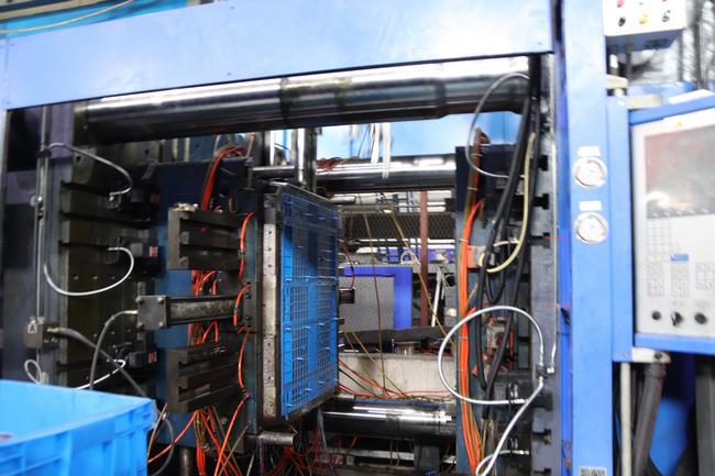吹塑托盘生产工艺